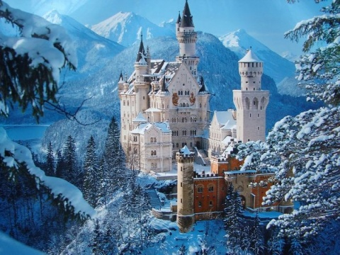 1_Neuschwanstein_Castle_Germany