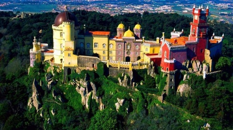 29_Dali_Like_Style_Nationale_Palace_In_Sintra_Portugal